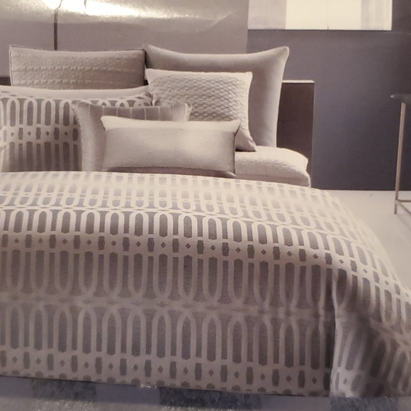 Hotel Collection Long Links Queen Duvet and Pillow